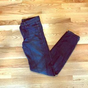 Joe's Straight Leg Jeans!!